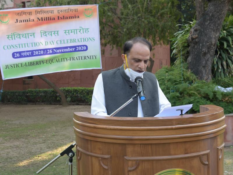 Dr Nazim Husain Jafri, Registrar, Jamia Millia Islamia read the Preamble of the Constitution